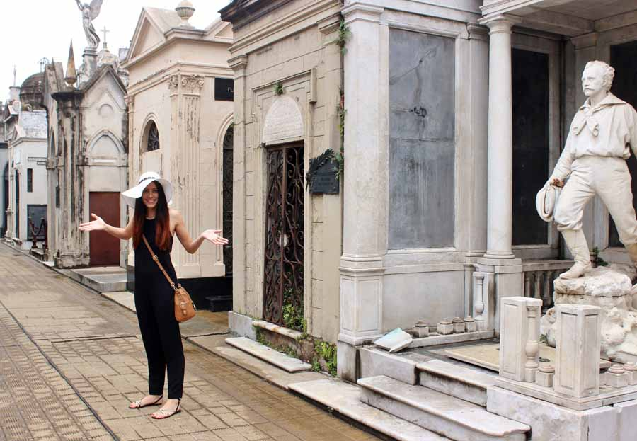 Clutch and carry on, buenos aries travel blog, cementerio de la recoleta