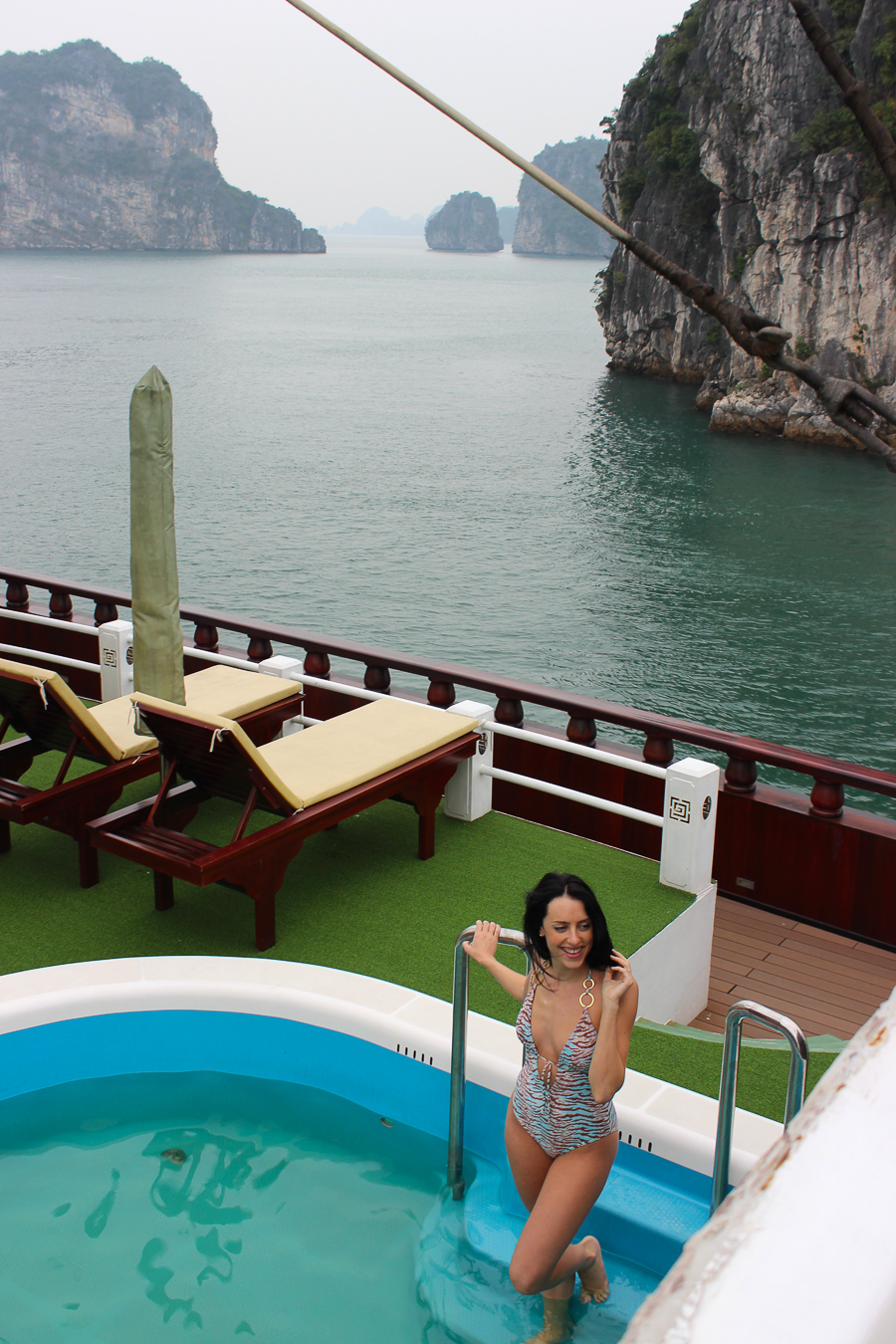 Clutch and carry on - travel blogger vietnam Halong Bay