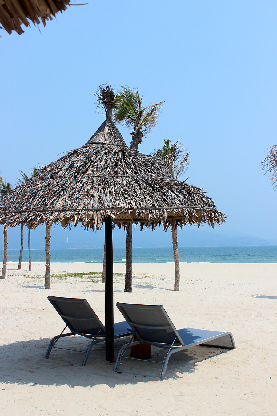 clutch and carry on - travel blog vietnam - pullman beach resort 21