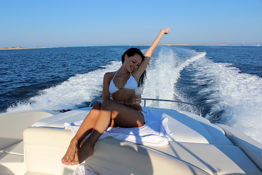 Clutch and Carry on - yacht trip ibiza - white vix bikini - style and travel blog 40