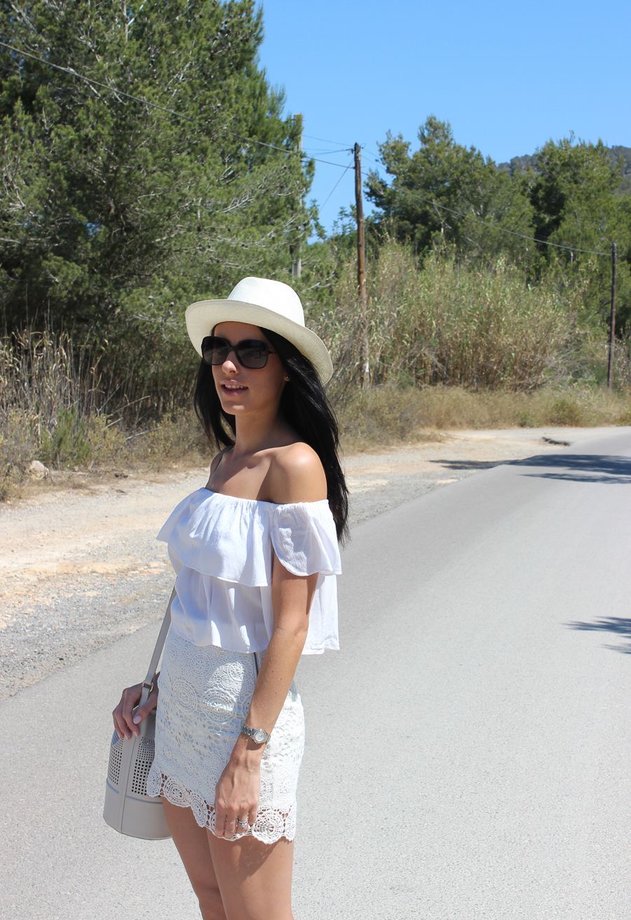 IMG_1067Sabrina Chakici - Clutch and Carry on - UK Style and travel - Ibiza travel blog