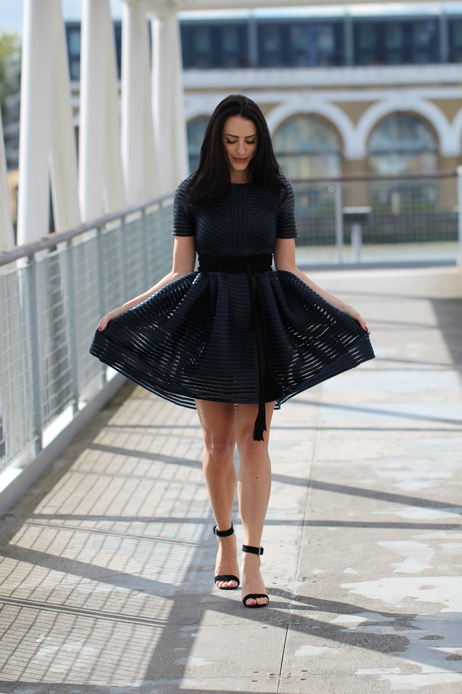 Clutch and carry on - sabrina chakici - london fashion blogger - london fitness blogger_-46