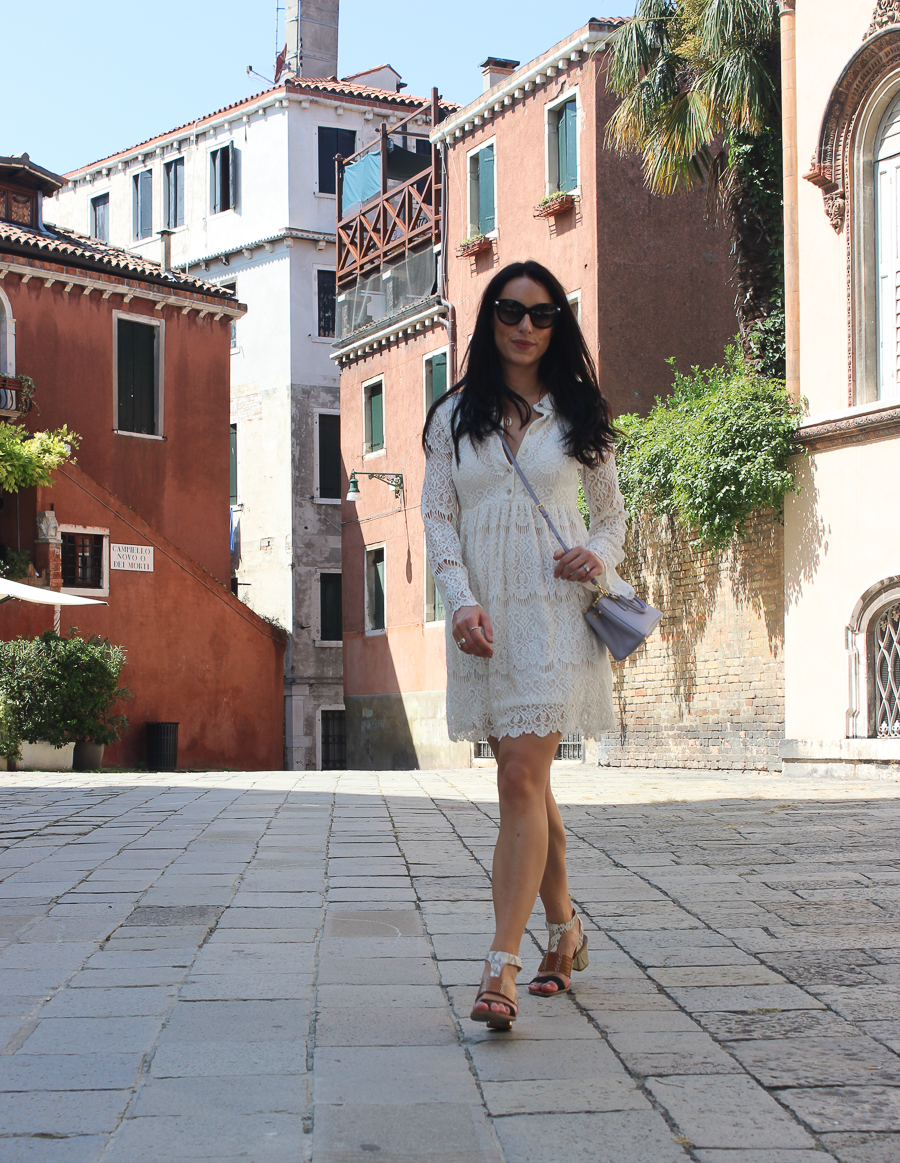 Sabrina Chakici - Clutch and Carry on - UK Fashion blogger & UK Travel Blogger - Venice Travel Blog-47