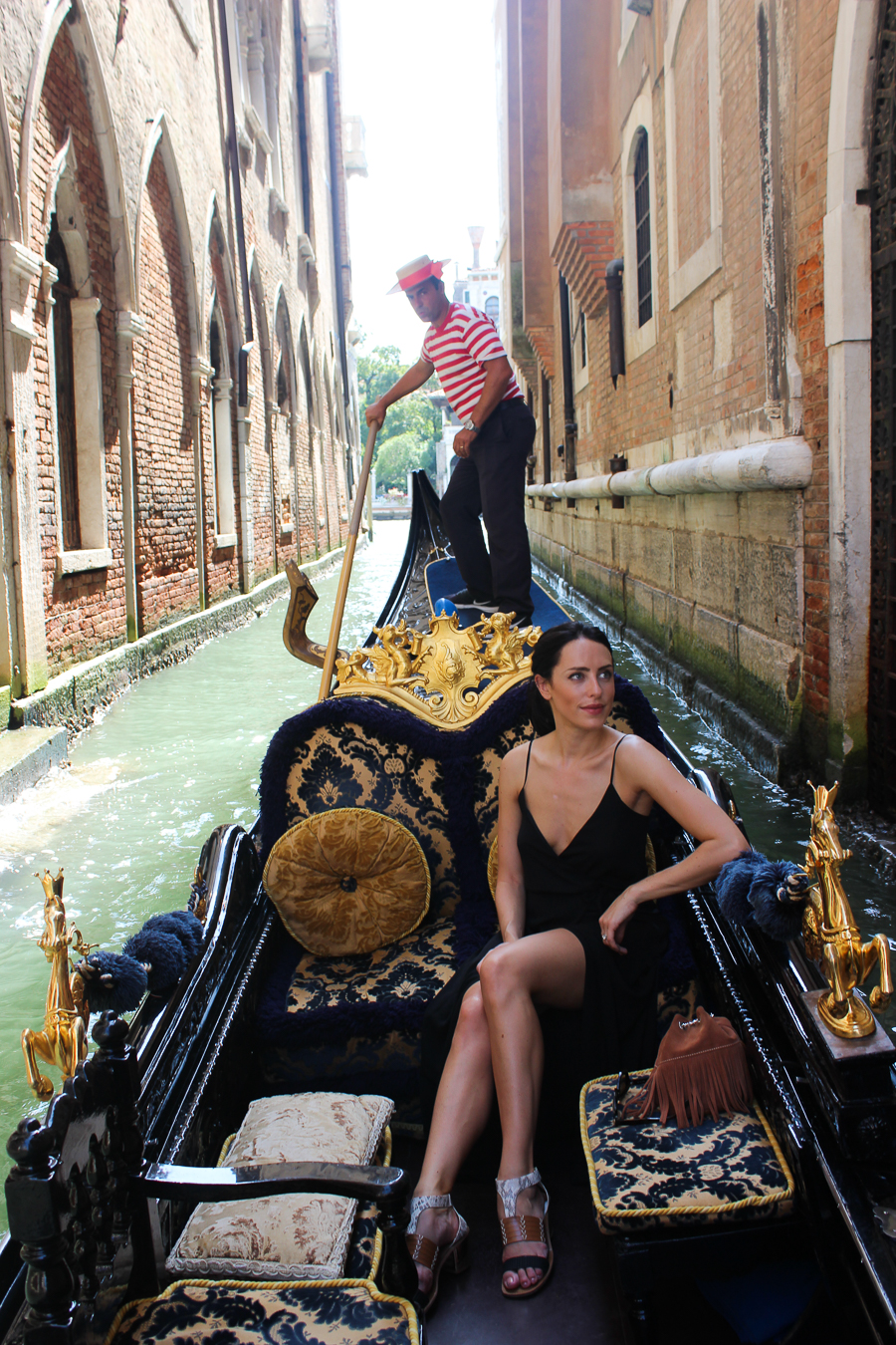 Sabrina Chakici - Clutch and Carry on - UK Fashion blogger & UK Travel Blogger - Venice Travel Blog-84