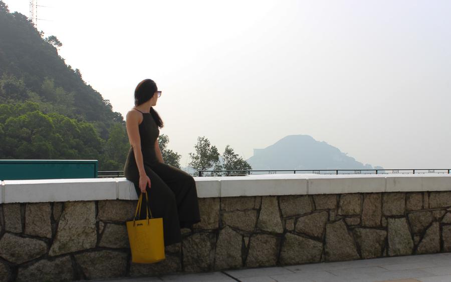Clutch and carry on - sabrina chakici - conrad stay inspired - conrad hong kong - travel blog hong kong - travel blogger-11