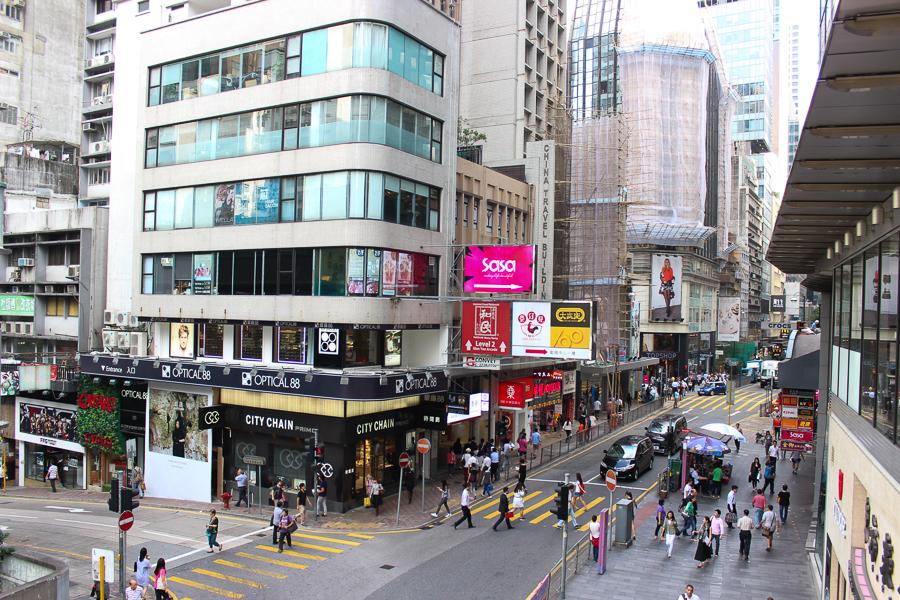 Clutch and carry on - sabrina chakici - conrad stay inspired - conrad hong kong - travel blog hong kong - travel blogger-41