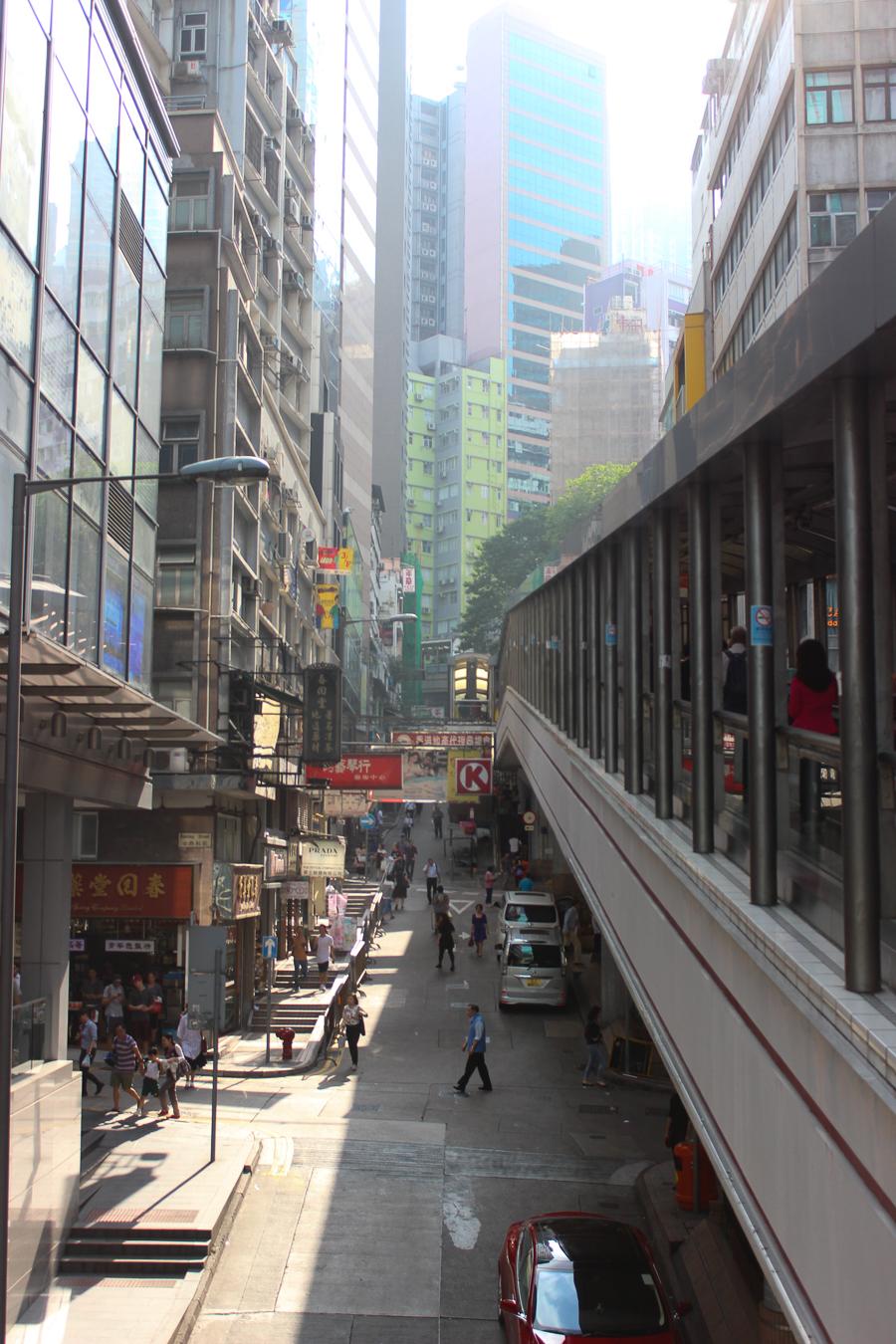 Clutch and carry on - sabrina chakici - conrad stay inspired - conrad hong kong - travel blog hong kong - travel blogger-42