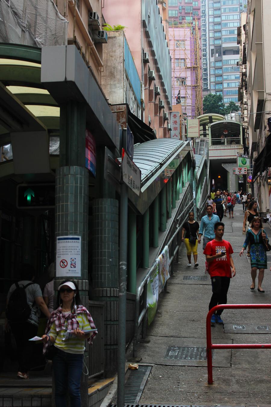 Clutch and carry on - sabrina chakici - conrad stay inspired - conrad hong kong - travel blog hong kong - travel blogger-44