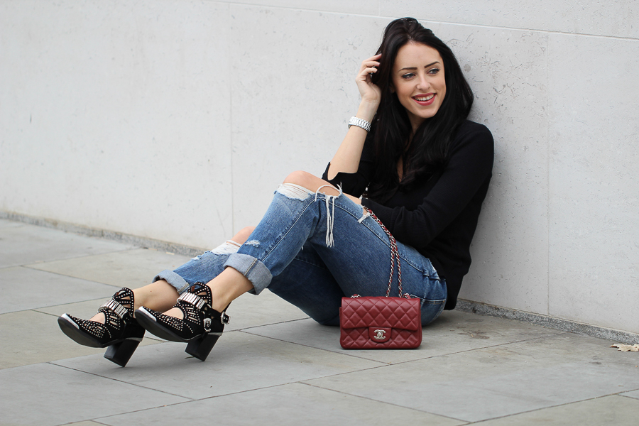 Sabrina Chakici - Clutch and Carry on - UK Style blog - street style london, folli follie watch, uk travel blogger-29