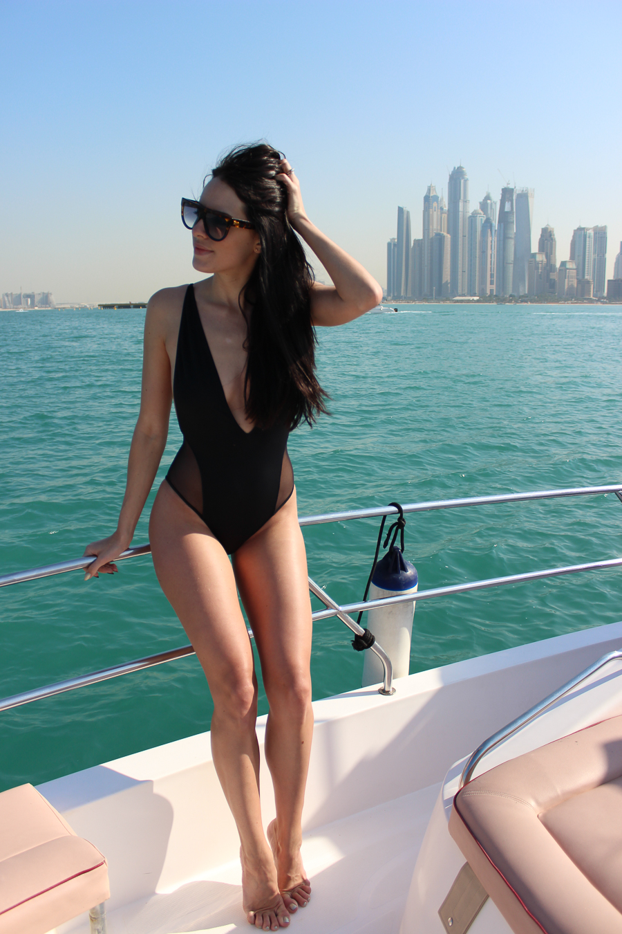 clutch and carry on - uk travel blogger - dubai travel blog - dubai yacht tour - sabrina chakici-17
