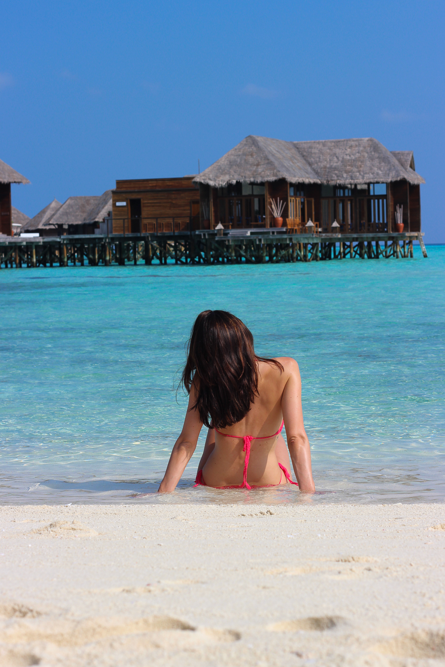 Clutch and carry on - uk travel blogger - conrad maldives - travel blogger maldives-232