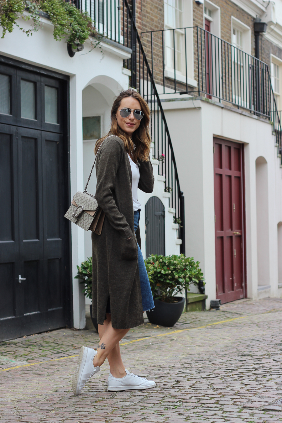 Clutch and carry on - uk fashion blogger - uk travel blogger - sabrina chakici - matalan cardigan, zara denim midi skirt, gucci dionysus supreme-4