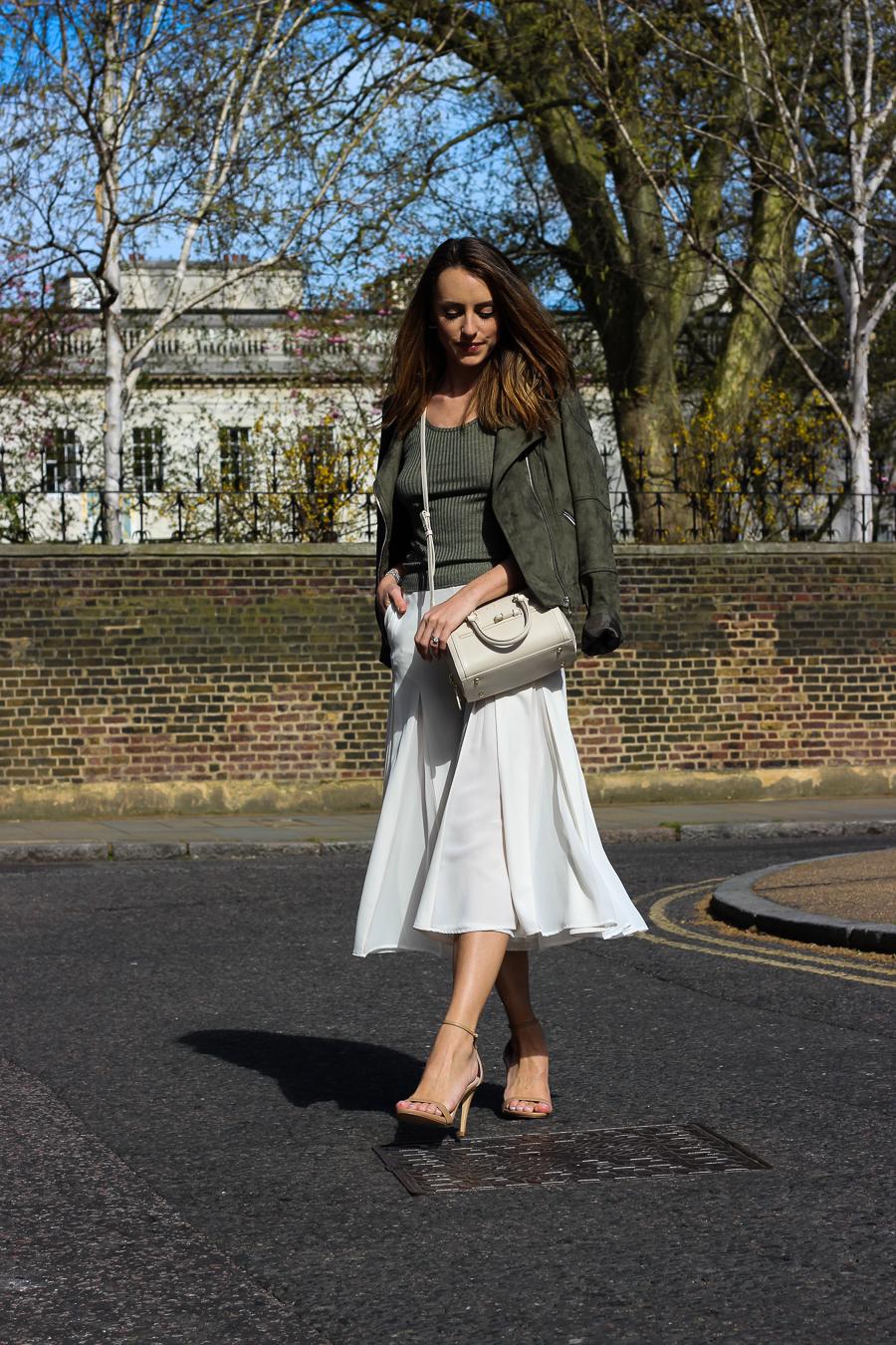 Folli Follie UK - Clutch and carry on - uk travel blogger, uk fashion blogger, london street style, sabrina chakici tblogger-49