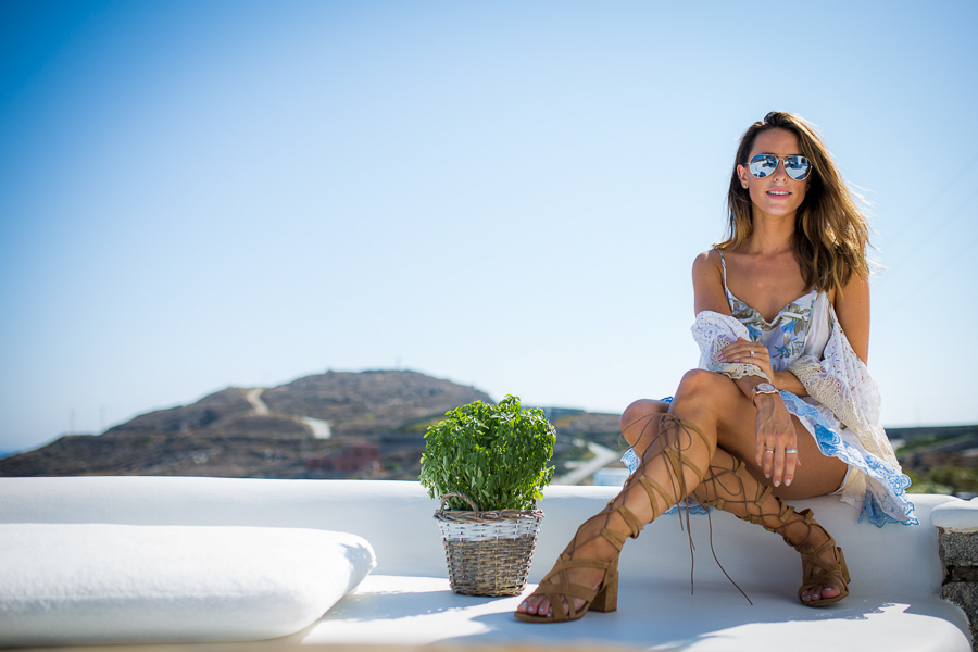 Sabrina Chakici - Clutch and carry on - travel and style blog, travel blogger - Mykonos travel blog - Folli Follie - FFislandhopping-152