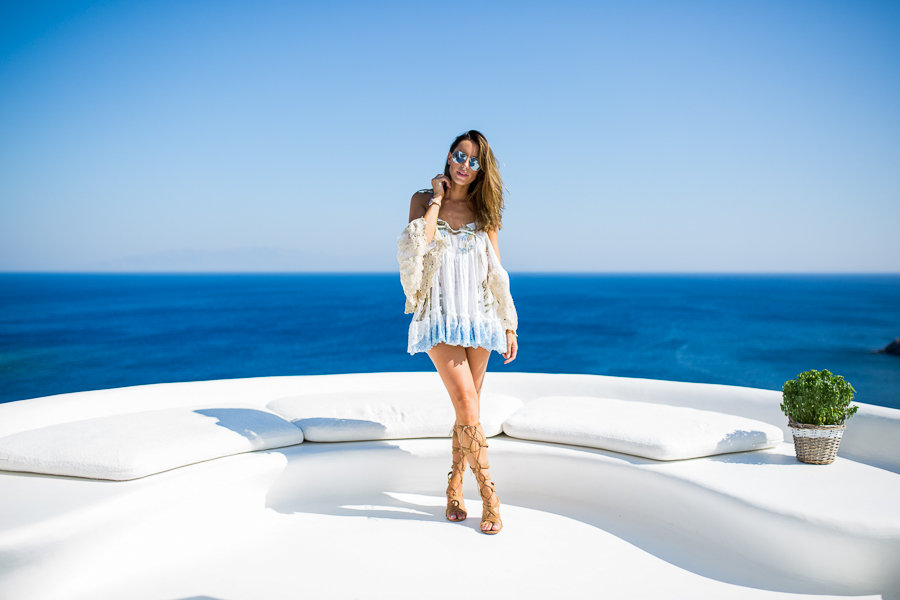Sabrina Chakici - Clutch and carry on - travel and style blog, travel blogger - Mykonos travel blog - Folli Follie - FFislandhopping-153