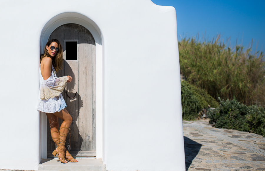 Sabrina Chakici - Clutch and carry on - travel and style blog, travel blogger - Mykonos travel blog - Folli Follie - FFislandhopping-159