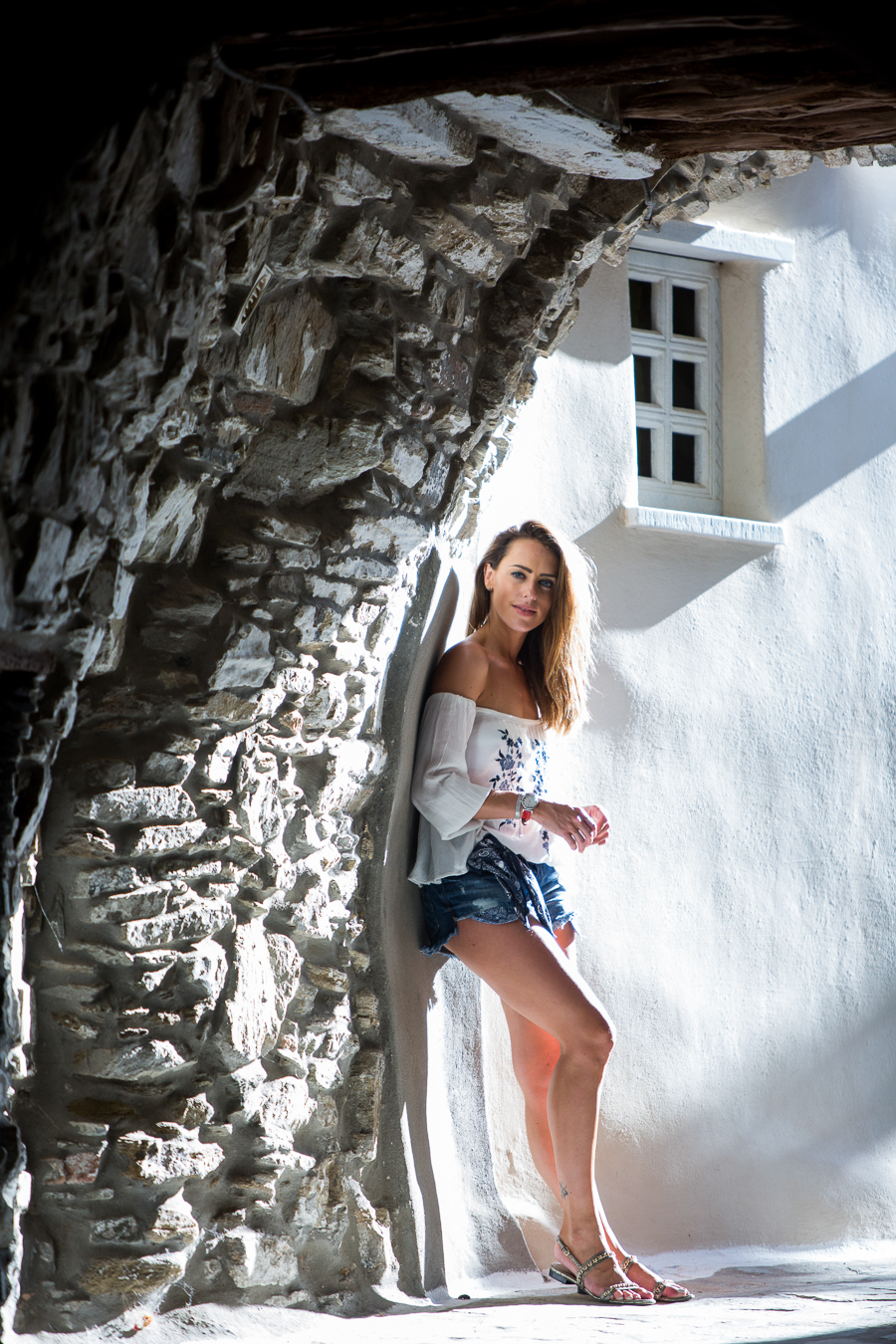 Sabrina Chakici - Clutch and carry on - travel and style blog, travel blogger - Mykonos travel blog - Folli Follie - FFislandhopping - myfollifollie-12