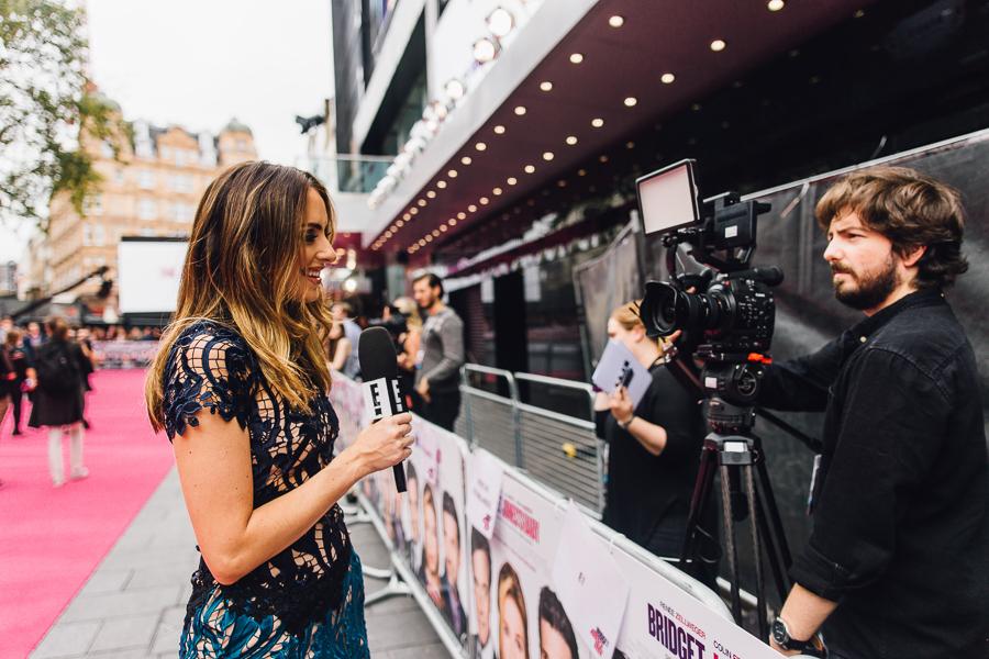 Sabrina Chakici E! UK Ireland - Bridget Jones Baby world premiere - clutch and carry on blog - E! Host UK & Ireland_-23