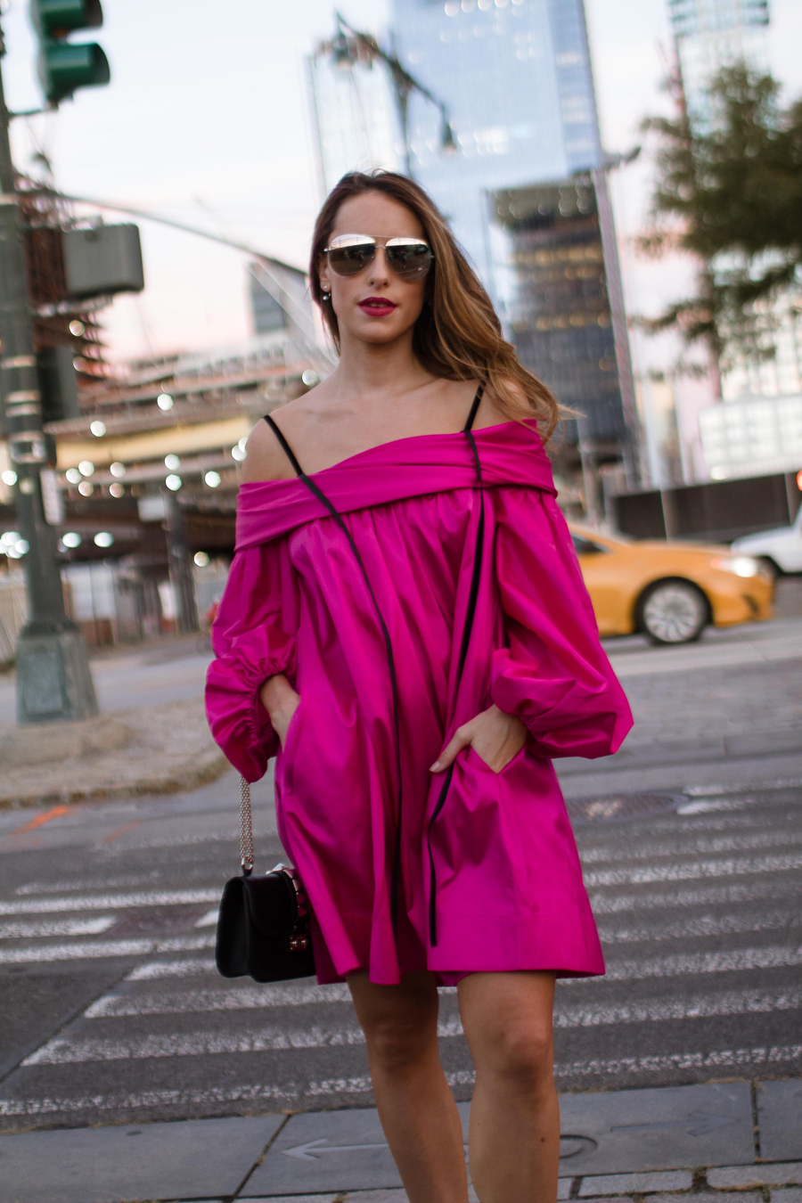 sabrina-chakici-clutch-and-carry-on-clutch-carry-on-uk-travel-blogger-nyfw-isa-arfen-pink-ress-gucci-silver-shoes-net-a-porter-helicopter-10