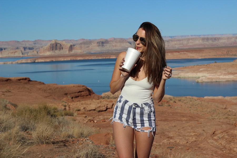 sabrina-chakici-uk-travel-blogger-style-travel-blog-route-66-travel-blog-la-travel-blog-clutch-and-carry-on-107