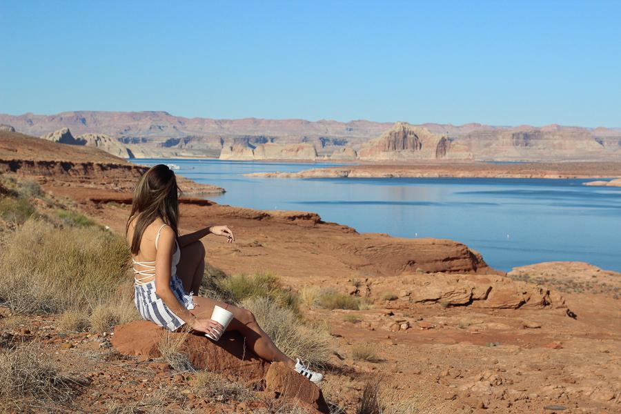 sabrina-chakici-uk-travel-blogger-style-travel-blog-route-66-travel-blog-la-travel-blog-clutch-and-carry-on-108
