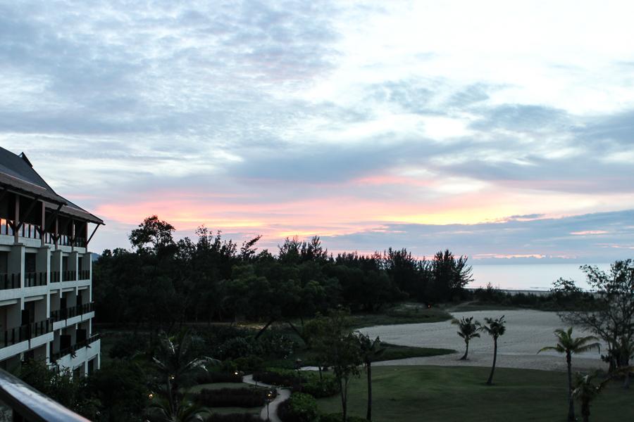Sabrina Chakici TV Host & Travel Expert - Borneo Travel Blog - Borneo malaysia, sabah malaysia, shangri la rasa ria-5