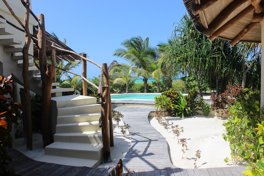 white sand luxury villas, best hotel in zanzibar